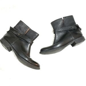 Madewell | Black Leather Ankle Boot / Booties